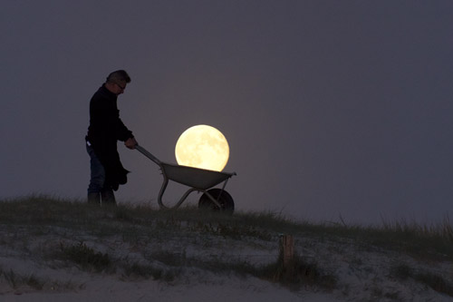 The Moon in a wheelbarrow